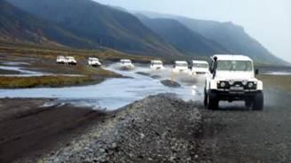 Super jeep ijsland